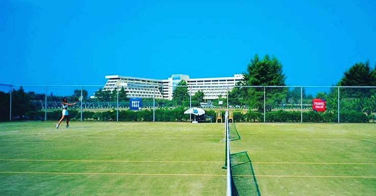 Enjoy your stay and the climate of @portocarras ! Start your tennis training in one of the nine tennis courts at Meliton Hotel! Open daily: 08:00 - 23:00 !  #BookNow : https://portocarrasmeliton.reserve-online.net/ #portocarras #halkidiki #resort #sithonia #holidays #greece #travelling #tennis #tennislove #training #sports