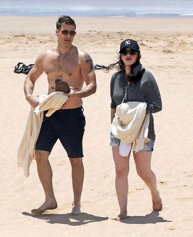 Kat Dennings in Shorts at a Beach in Maui – May 2014