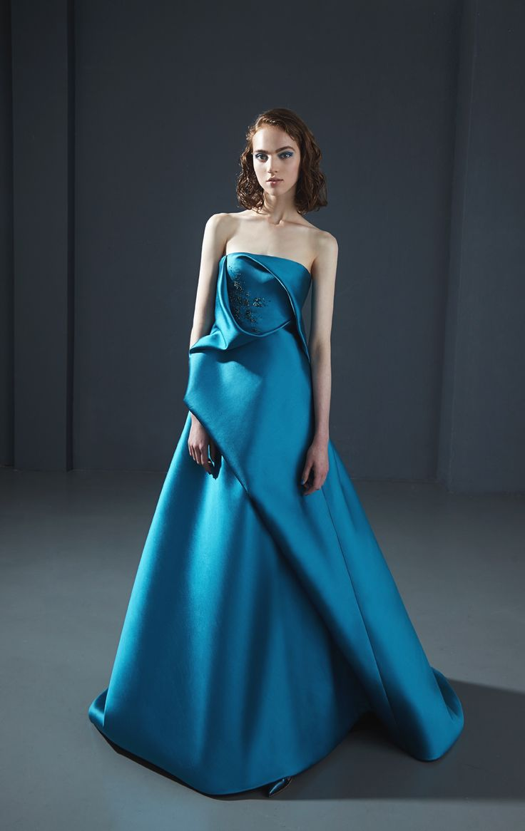 160028: Strapless mermaid dress in mikado with embroidered bodice and drapings on the front