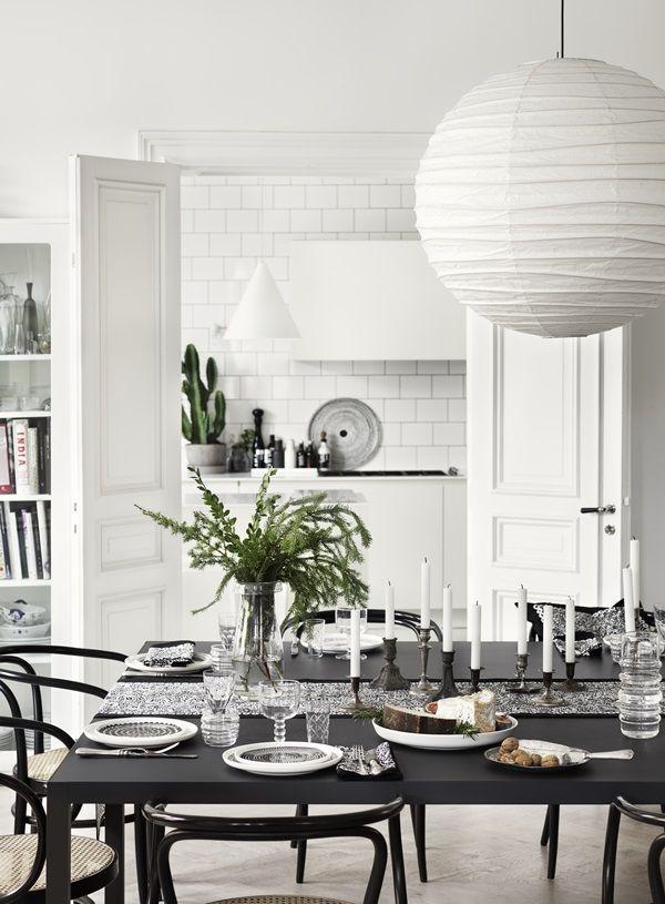 Light Christmas decor dining table