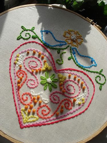 """Free Embroidery  Patterns - Would be a nice """"sampler"""" pattern to teach/practice with. Lovesomuch, am hacking this!!"""