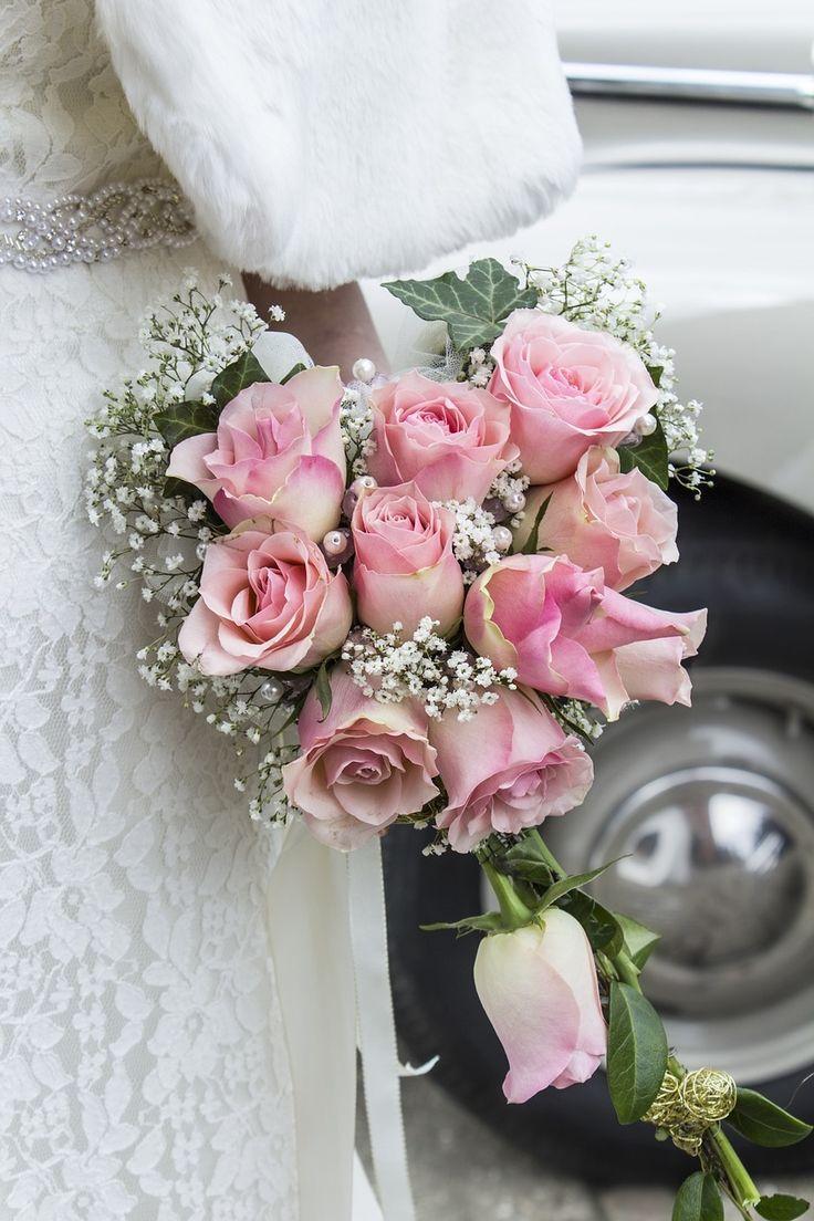 Цветы грозный, свадебный букет испанских невесты из розы