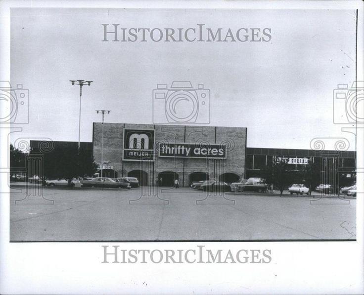 1956 Press Photo Meijer Michigan Grand Rapids Chain