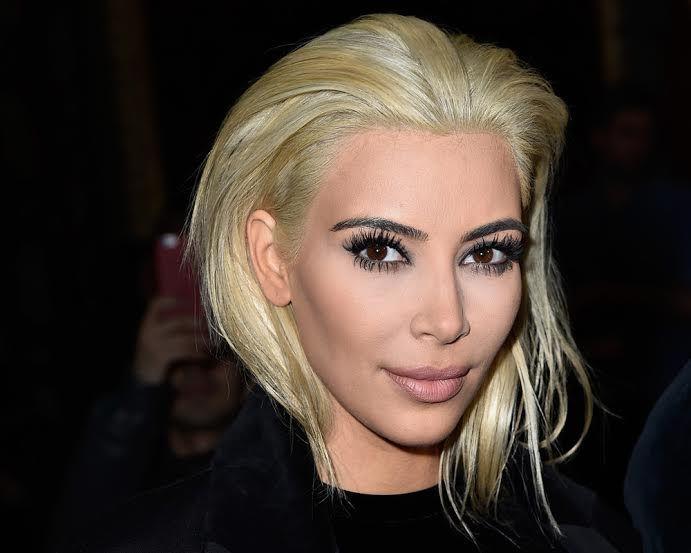 Valeria Costa, experta estilista, analiza el cambio de look de Kim Kardashian - http://www.femeninas.com/valeria-costa-experta-estilista-analiza-el-cambio-de-look-de-kim-kardashian/
