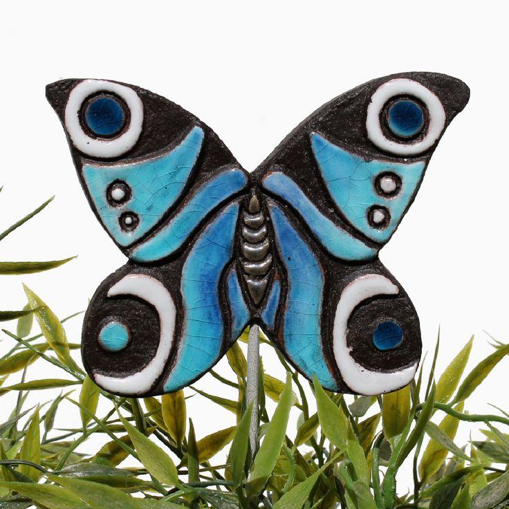 Ceramic butterfly garden art. Peacock butterfly garden decor. Turquoise. www.gvega.com.