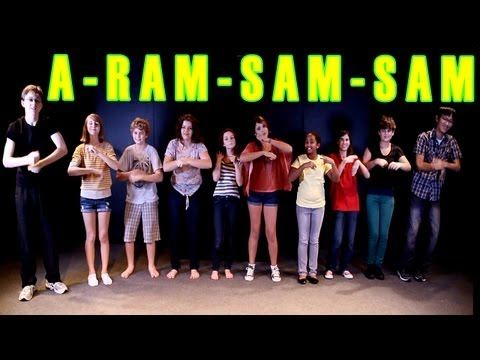 Ook leuk! Kun je gewoon in nederlands overheen zingen en bewegingen mee doen.  A Ram Sam Sam Dance - Children's Song - Kids Songs by The Learning Station