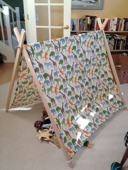 DIY A-Frame Play Tent. Tutorial by Cakies.