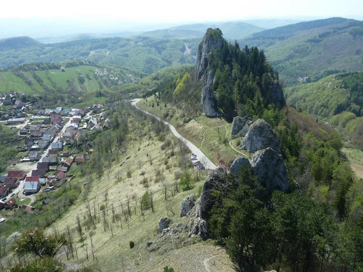 Hrad Vršatec  Biele Karpaty