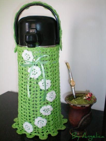 saiba como fazer uma capa para garrafa termica em croche