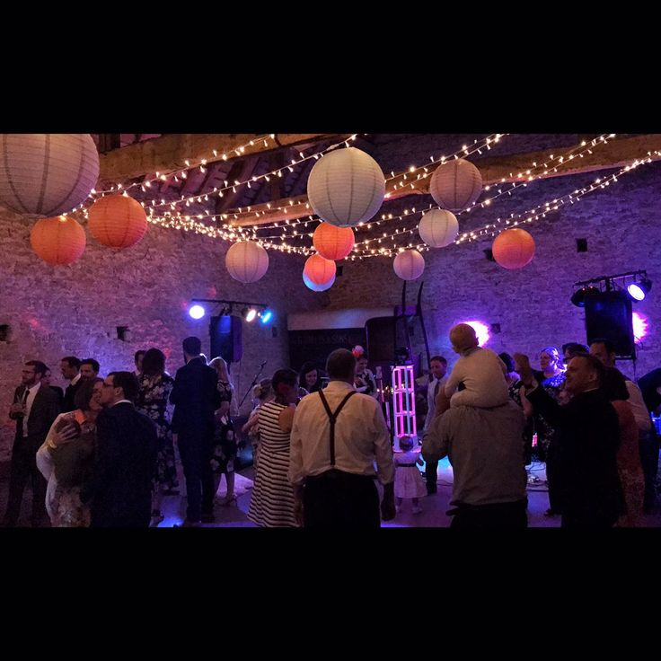 Another great wedding, this time in Witney @cogges for the newly weds Mr & Mrs Whitehouse! Everyone definitely had their singing voices out, with the dance floor busy from start to finish! What a night!    #Interlight #Interlightband #swindon #wiltshire #witney #oxfordshire #livemusic #coggesmanorfarm #band #music #coverband #functionband #partyband #weddingband #liveband #summer #fender #mansonguitars #roland #musicman #bass #guitar #drums #piano #instacool #barn #whitehousewedding2017…