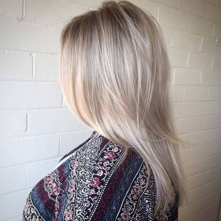 Pearl blonde with a subtle root shadow Perfection ...