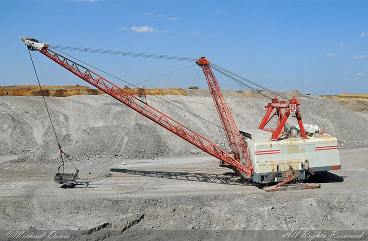 Peabody Energy (Bear Run Surface Mine)-Bucyrus Erie 2550 Walking Dragline | by Michael Davis Photography