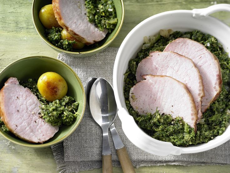 Grünkohl mit Kassler - und Röstkartoffeln - smarter - Kalorien: 467 Kcal - Zeit: 1 Std.  | eatsmarter.de