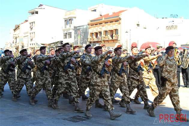 Guvernul a modificat printr-o Hotărâre Ghidul carierei cadrelor militare din structurile Ministerului Apărării Nationale