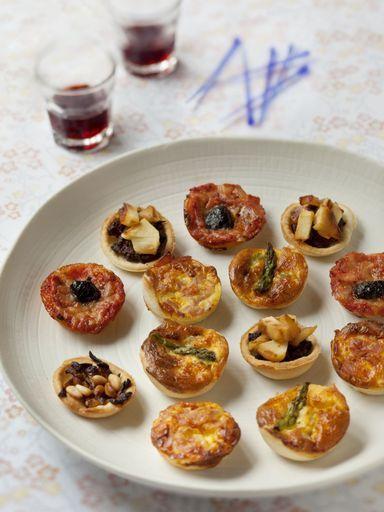 Assortiments de mini-tartelettes salées : Recette d'Assortiments de mini-tartelettes salées - Marmiton