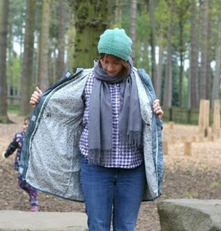 #memademay Day 6. Walking through the forest calls for casual layers. #grainlinestudio archer shirt topped with an #ottobredesign parka and my #tincanknits bailey hat. My undies are made from an Ottobre pattern too but I guess you will just have to believe me 😉 #mmm17 #myhandmadewardrobedesignsbybellabugmyhandmadewardrobe,mmm17,tincanknits,ottobredesign,grainlinestudio,memademay