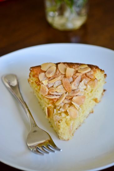 Gluten Free Lemon, Ricotta and Almond Cake Recipe.