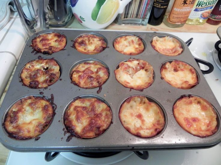 Lasagna Cupcakes - These look amazingly simple to put ...