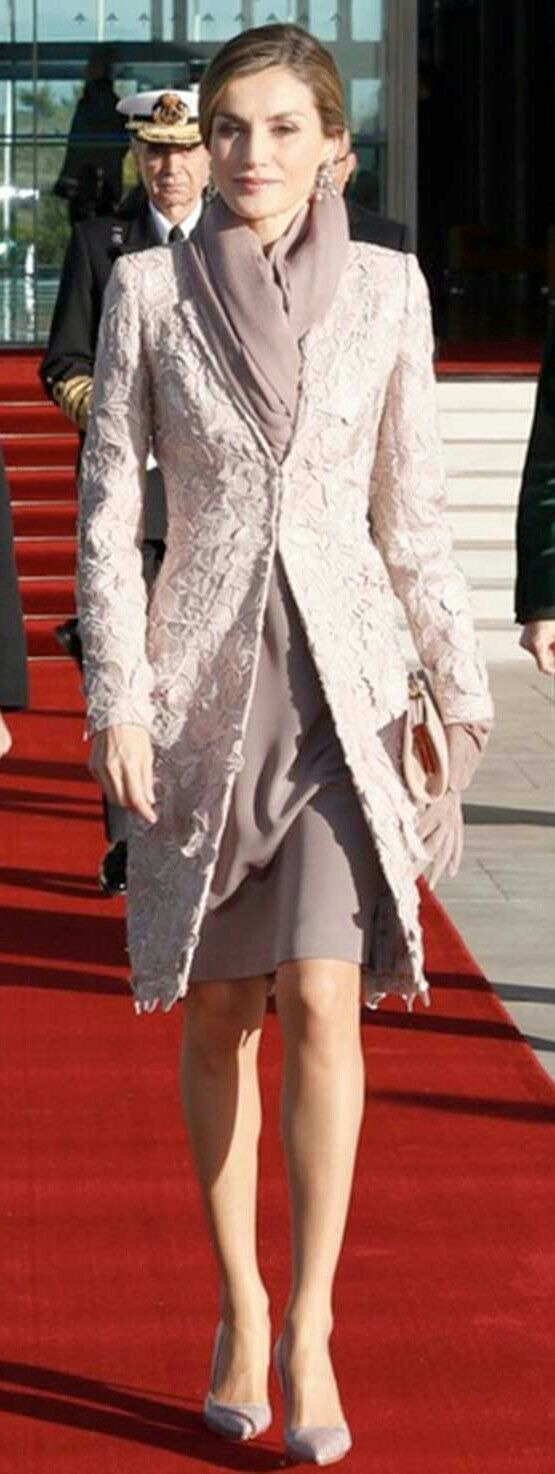 Queen Letizia #Lavender lace coat featuring leaf and flower motifs, a simple V-neck silhouette and one-button. #scarf