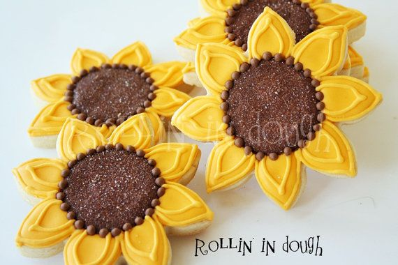 Sunflower Cookies, Sunflowers, Sunflower Cookie Favors, Fall Flowers - 1 Dozen