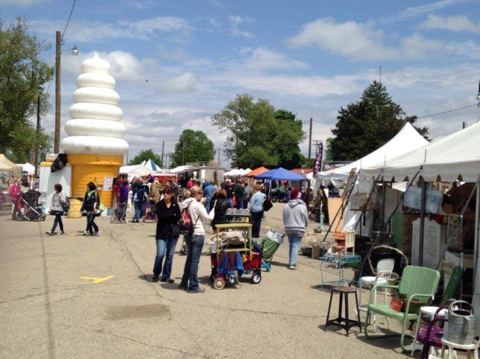 12. Springfield Antique Show and Flea Market (Springfield)