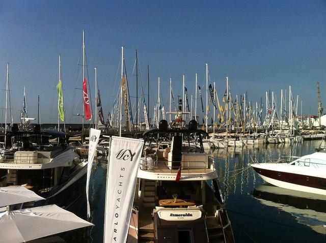 Barche in acqua - Salone Nautico di Genova by Nautica Easy, via Flickr
