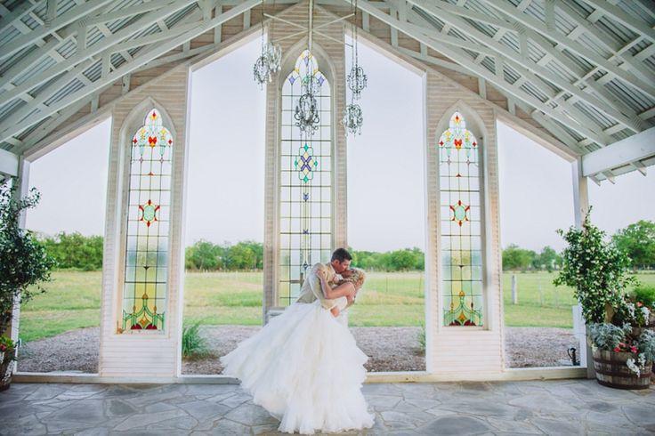 Open Air Wedding Venue The Gruene Estates New Braunfels Texas Http