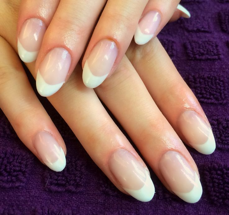 Soft French manicure on oval nails. Pronails Calgel