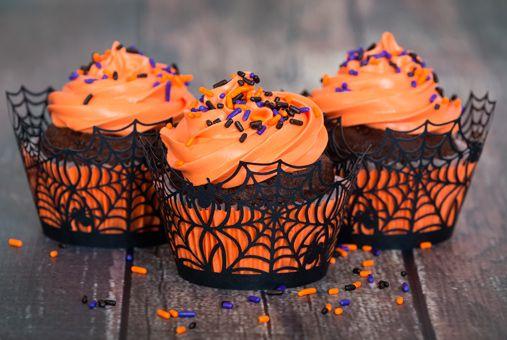 Cupcakes Halloween de Chocolate con Chips de Chocolate