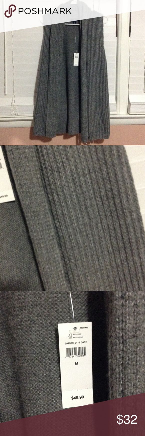 Cute GAP Sweater Vest NWT New with tags! Gap sweater vest. Super cute! Sweaters