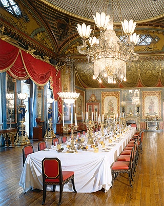 The Dining Room in the Royal Pavillion, BrightonBrighton Pavilion, Dining Room, Royal Pavillion, Banquet Room,  Eating House'S, Brighton Palaces, Royal Pavilion, Brighton Royal, Brighton Pavillion