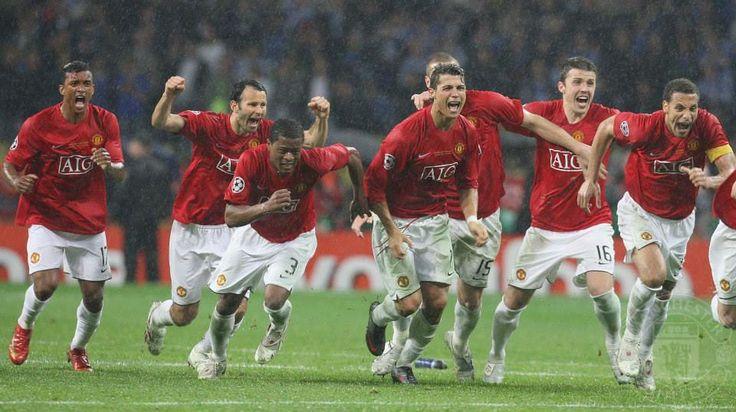 Ryan Giggs, Cristiano Ronaldo, Michael Carrick And Owen
