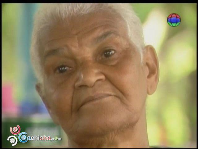 Madre Trabajadora De 74 Años A Quien El Gobierno Le Destruyó Su Casa #Video