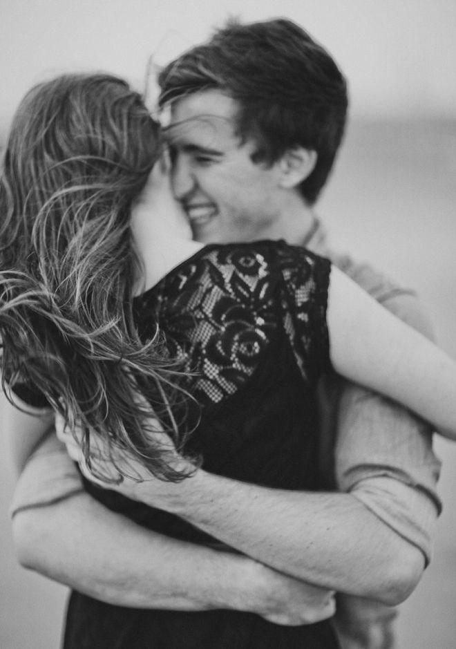 Cute Engagement Photo Ideas