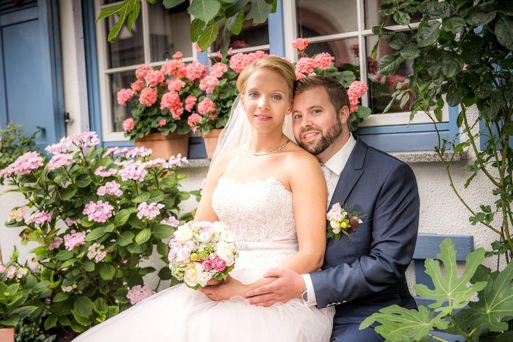 Das Brautpaar Moni & Philip - Hochzeit in Hochheim am Main - https://www.magicfeeling.eu/2017/11/09/brautpaar-moni-philip-hochheim-am-main/