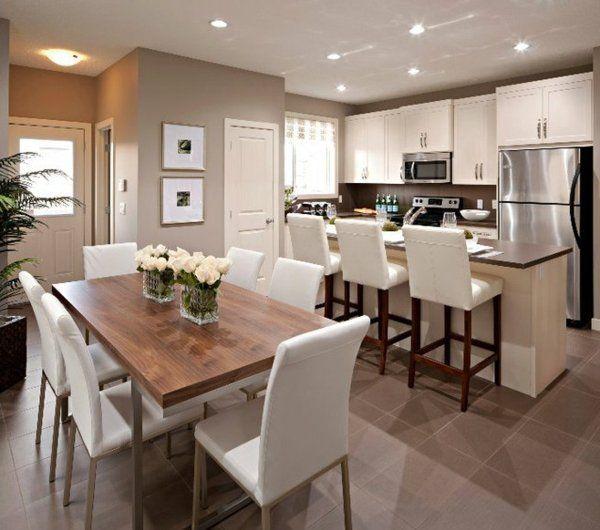 cuisine-ouverte-sur-la-salle-à-manger-carrelage-chocolat-au-sol