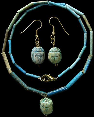 Ancient Egypt, Late Period, 664-535 BC. necklace composed of faience disk beads with a steatite scarab pendant. New Kingdom (1570-1070 BC)