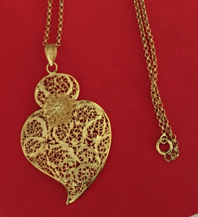 Iconic Silver Portuguese Filigree Necklace, with small heart. Magnificent! by AFMJewelryDesigns on Etsy