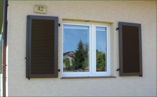 okiennice drewniane, montaż okiennicy do ściany, www.polis.com.pl