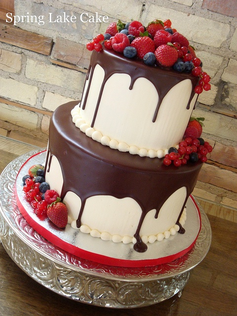 How Delicious Looking!! - SpringLakeCake, via Flickr.Birthday Cake Fresh Fruit, Fruit Birthday Cake, Cake Decor, Decor Ganache Cake, Fruit Cupcakes, Decor Cake, Fresh Fruit Cake, Cake Cake, Awesome Cake