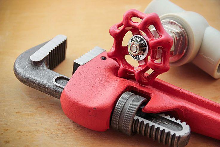 Plumbing Tools to Help Renovate Your Bath