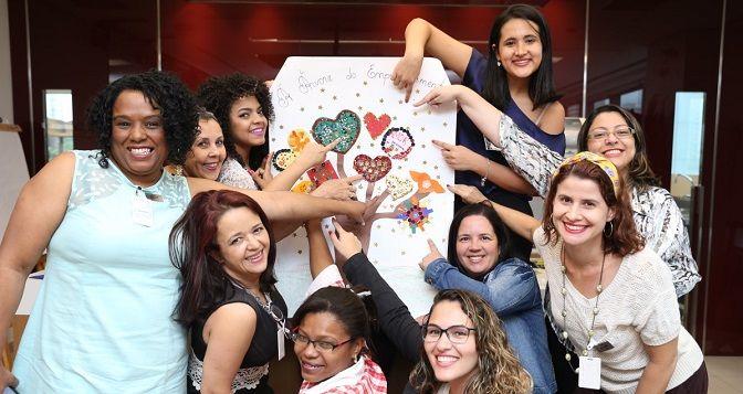 As mulheres formam a maior parte da população brasileira e, ao longo da história, lutaram para conquistar a igualdade de direitos e usufruir da mesma liberdade e qualidade de vida dos homens. Dentro do tema de empreendedorismo não é diferente. Para muitas mulheres, alcançar o sonho de ter seu próprio negócio pode parecer algo fora de seu alcance. A marca Brilhante, da Unilever, está ajudando a mudar isso.