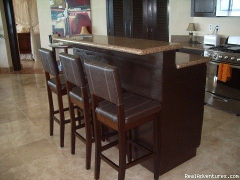 Kitchen island raised bar kitchen island bar stool for Bar stools for kitchen islands