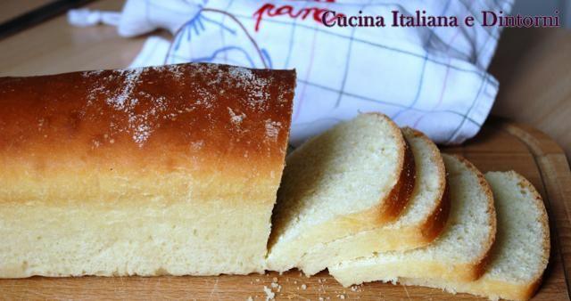 Panbauletto fatto in casa per toast, pane e marmellata, sandwich e quant'altro si voglia fare con un pane semplice e genuino.