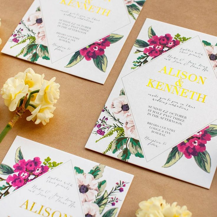 You can never go wrong with a foil and floral combo #paperlust #print #paper…