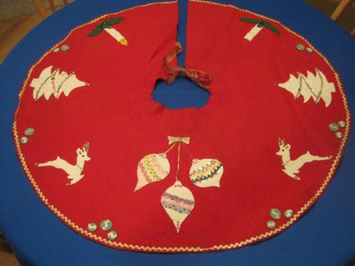 Vintage Handmade Christmas Tree Skirt Red Felt Sequins Applique