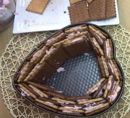 Клубничный бисквит 1