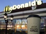 Breakfast wars perk up: McDonald's pours free coffee