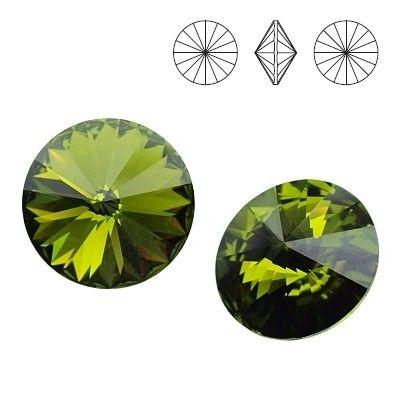 1122 Rivoli SS39 Olivine F 2pcs  Dimensions: diameter 8,16-8,41 mm Colour: Olivine F 1 package = 2 pieces