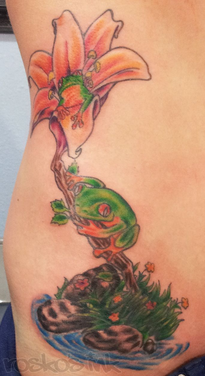 Frogs tattoo with colors